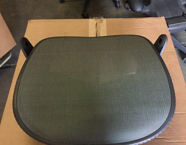 mirra seat pan-2