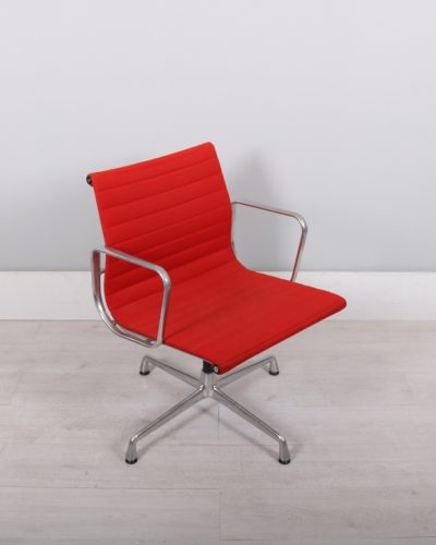 used_eames_104
