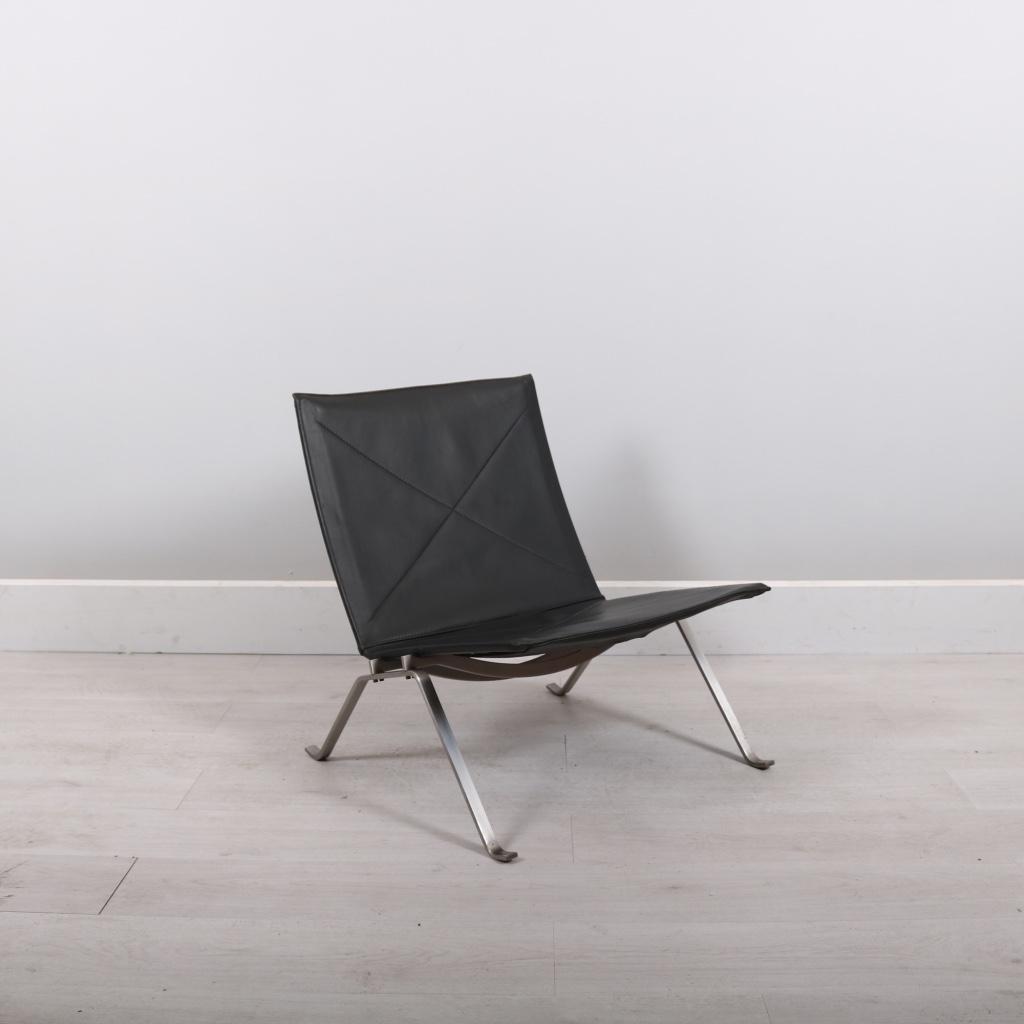 fritz hansen poul kjaerholm pk22 studiomodern. Black Bedroom Furniture Sets. Home Design Ideas