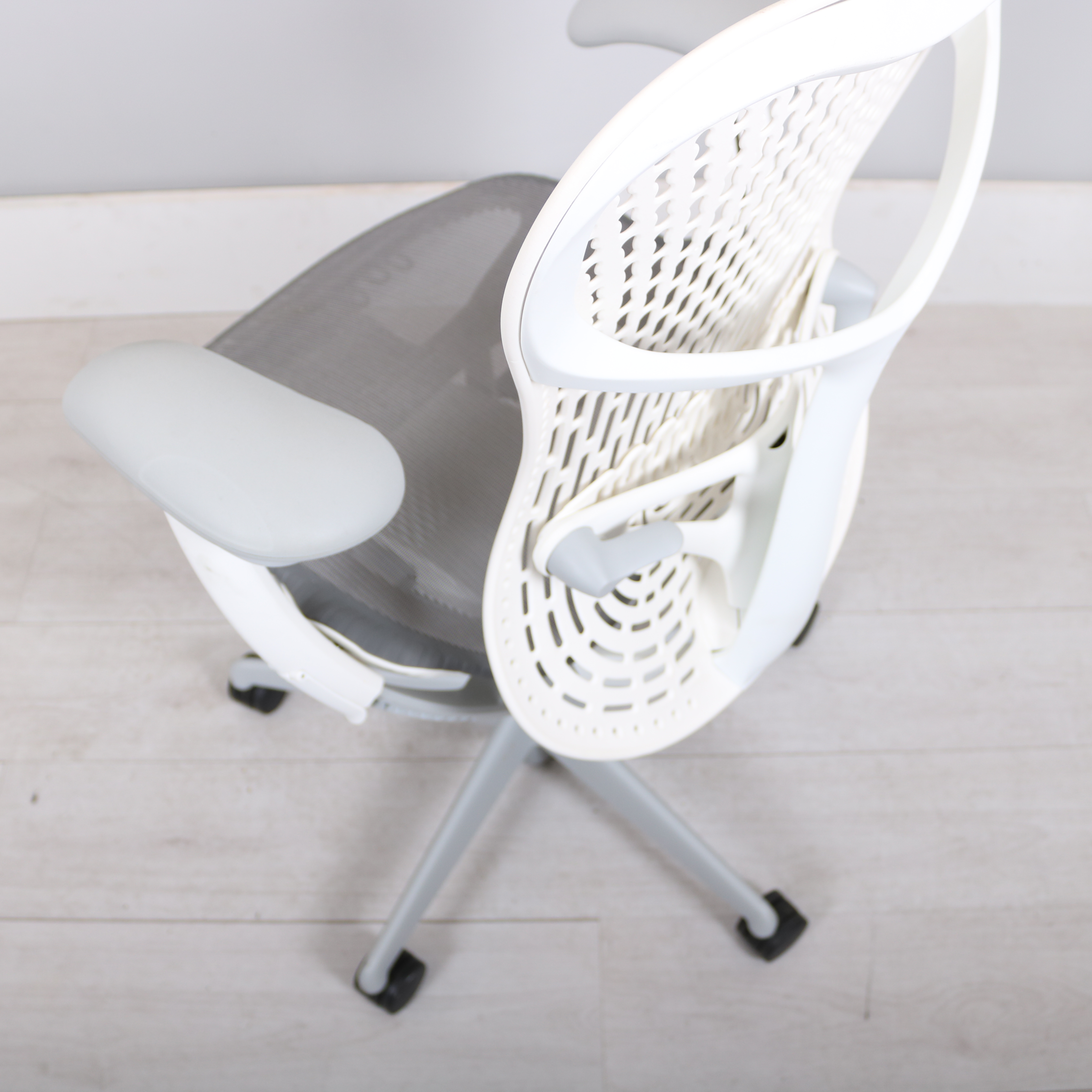 100 Mirra 2 Chair Herman Miller Chairs