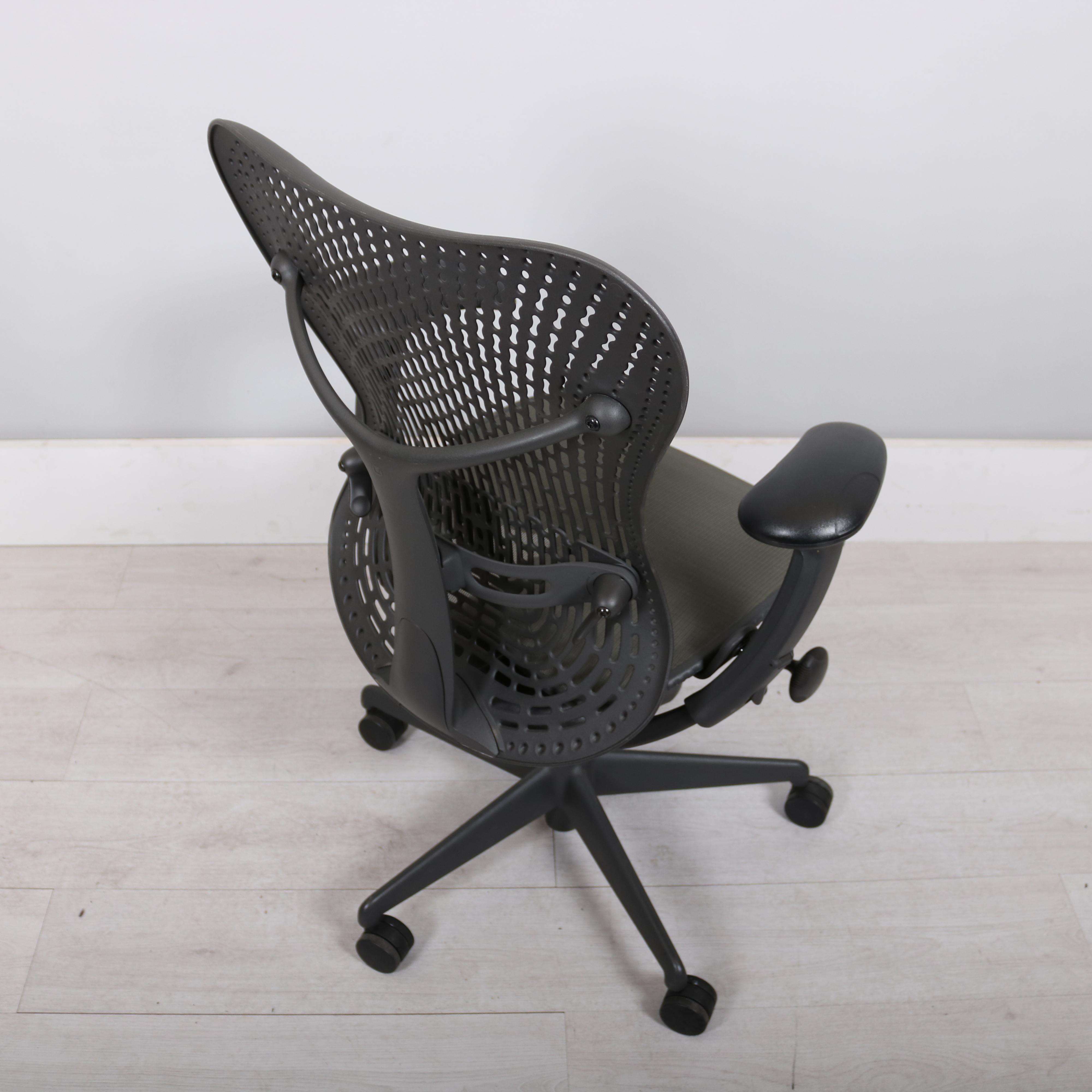 herman miller graphite mirra chair