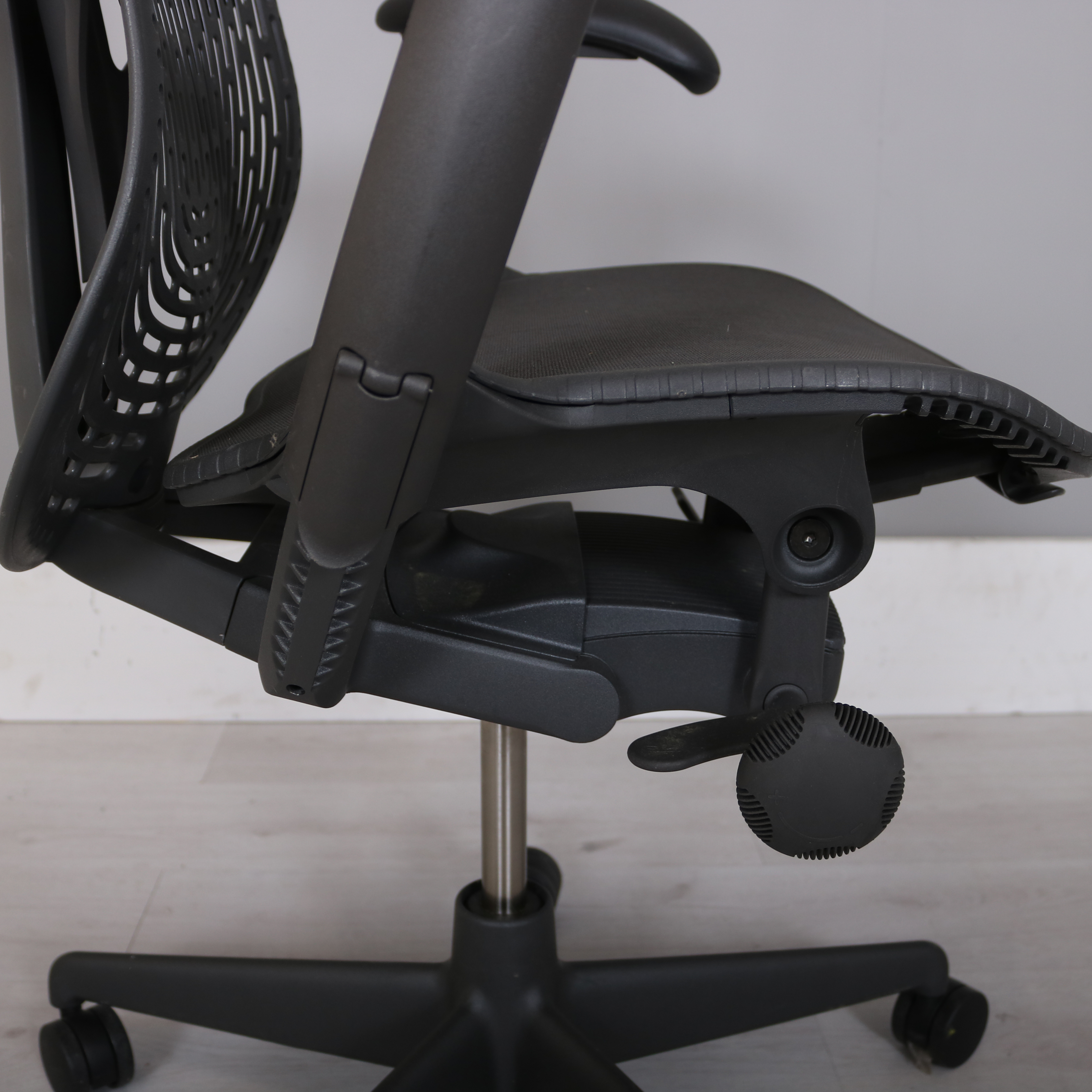 Herman Miller Mirra 2 chair StudioModern