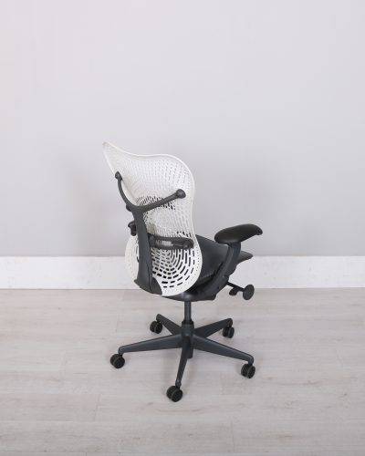 used_mirra_chair_103