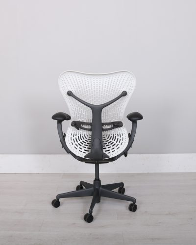 used_mirra_chair_102