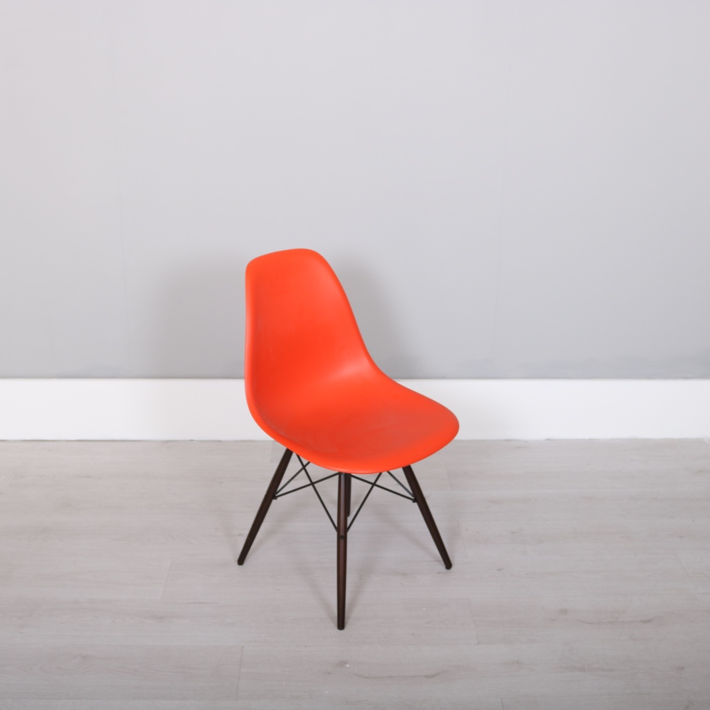 vitra charles ray eames dsw studiomodern. Black Bedroom Furniture Sets. Home Design Ideas