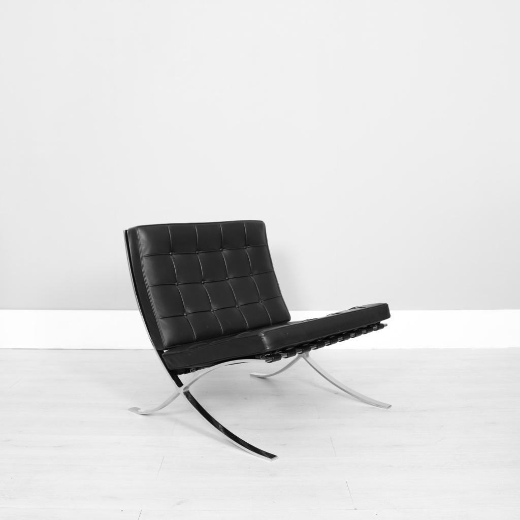 knoll studio mies van der rohe barcelona chair studiomodern. Black Bedroom Furniture Sets. Home Design Ideas