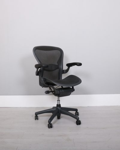 used_aeron-chairs56