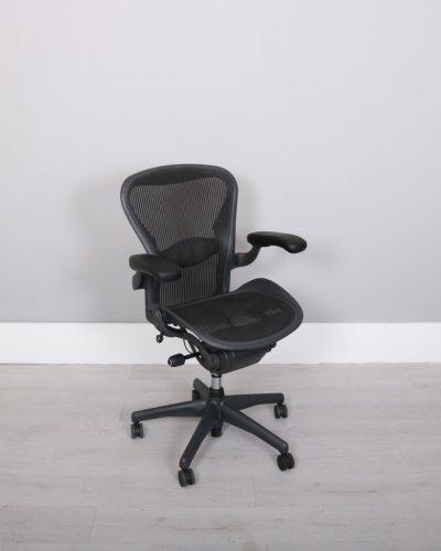 used_aeron-chairs55