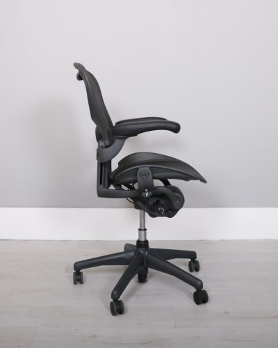 used_aeron-chairs52