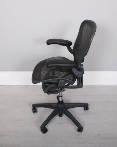 used_aeron-chairs46