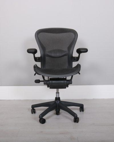used_aeron-chairs45