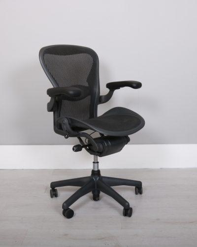 used_aeron-chairs44